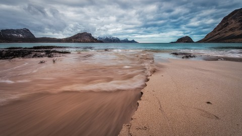 Lofoten Beach Rush